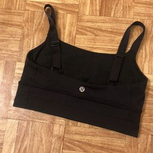 Lululemon black sports bra